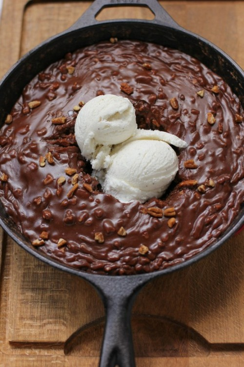 Gooey Chocolate Skillet Cake Ice Cream Sundae