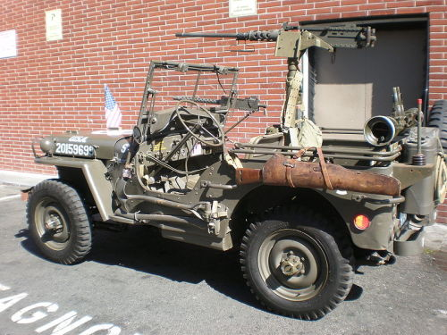 first-in-firearms:  This jeep makes mine look like a toy.   Its probably the extra helping of MADUCE