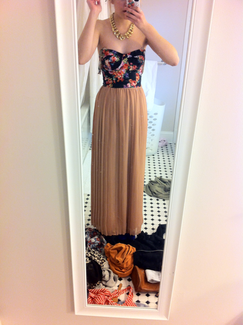 This is my prom dress literally help I cannot take mirror pictures Cringe