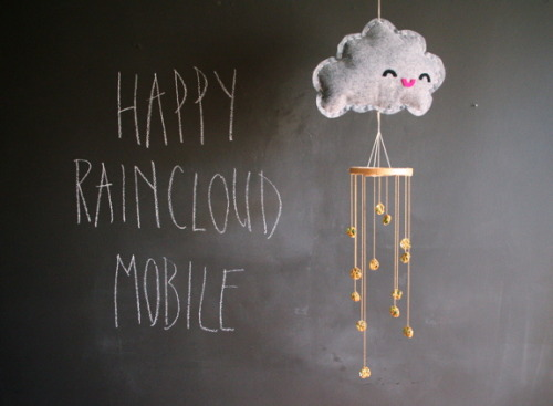 fuckyeahwesew:  Make your very own Happy Raincloud Mobile