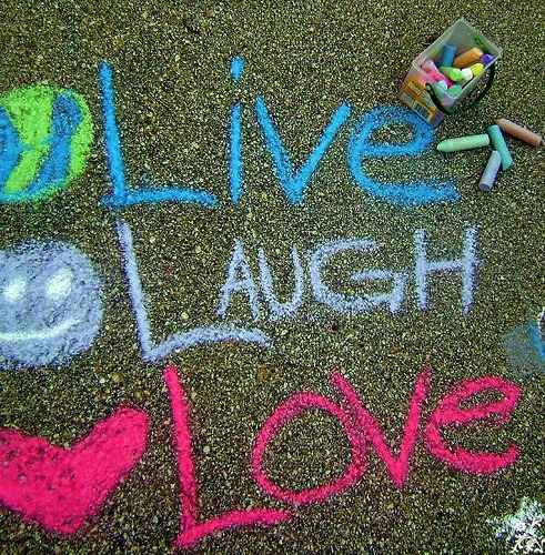 antitos:  Live.Laugh.Love