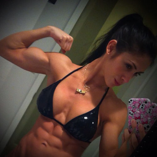Izabella Falconi looking ripped