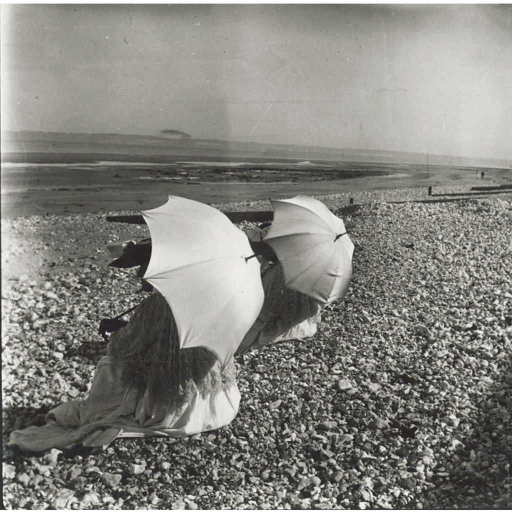 Edouard Vuillard, The two sunshades, 1902. Gelatin silver print, 3 1/2 x 3 1/2 in. Private collection. © 2012 Artists Rights Society (ARS), New York.