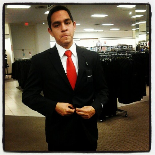 Yeah I went shopping the other day #fresh #classy #blacksuit #shopping #red #instagood  (Taken with instagram)