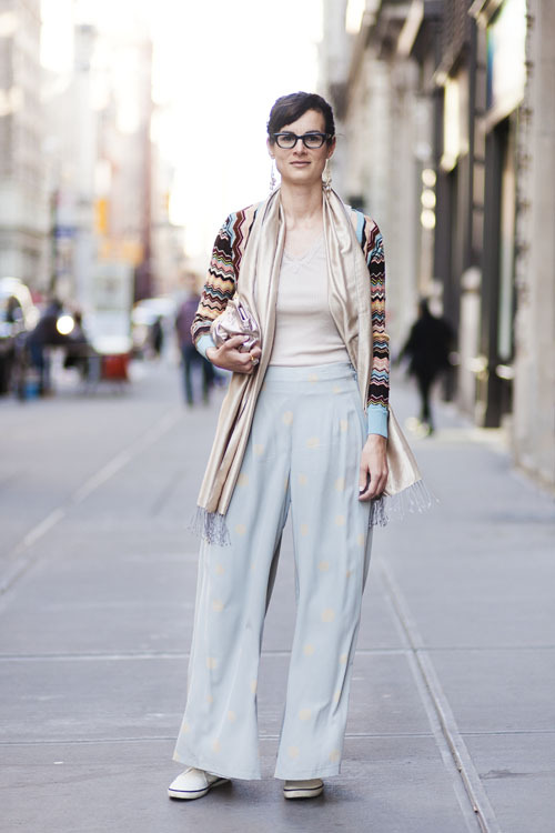 Michella on 5th Avenue I like her subtle prints and pastels - perfect for Easter (The day I took this). Comfty polka dotted pants : )