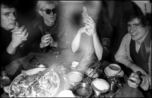 NEW YORK CITY—Andy Warhol, Janis Joplin, and Tim Buckley at Max's Kansas City, 1968. © Elliott Landy / Magnum Photos
