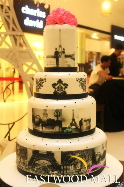 Lovely black and white Paris Wedding Cake!