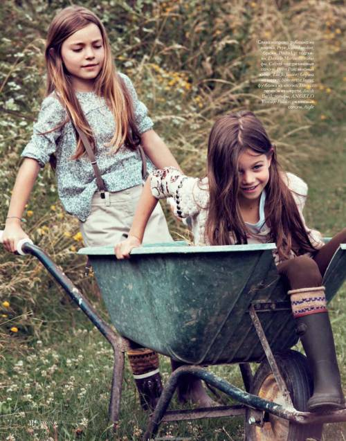 ELLE Russia October 2009 - Young Naturalists by Ilaria Orsini