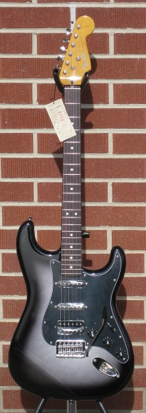 axestasy:  Fender Modern Player Stratocaster HSS in Silverburst! Gorgeous and at an affordable price!! Thomann