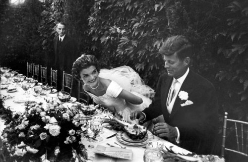 the ultimate garden wedding party jackie & jfk tx to missmoss