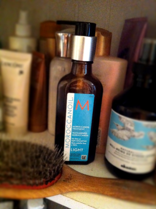 Moroccan Oil a day  keeps dry split-ends away!  I use a pump of Moroccan Oil and brush thru with my Marilyn boar bristle brush everyday. The bristles help distribute your scalps natural oil and moroccan oil to hydrate dry ends. Only use a boar bristle brush on dry hair, it is not for wet hair!