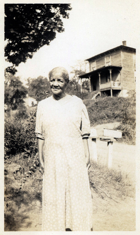 Grandma Greene Richmond, VA [Greene Family Album] ©WaheedPhotoArchive, 2012