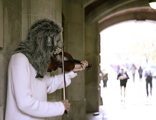 wolfwithviolin:  Violin Monster (by R.Wasyl)