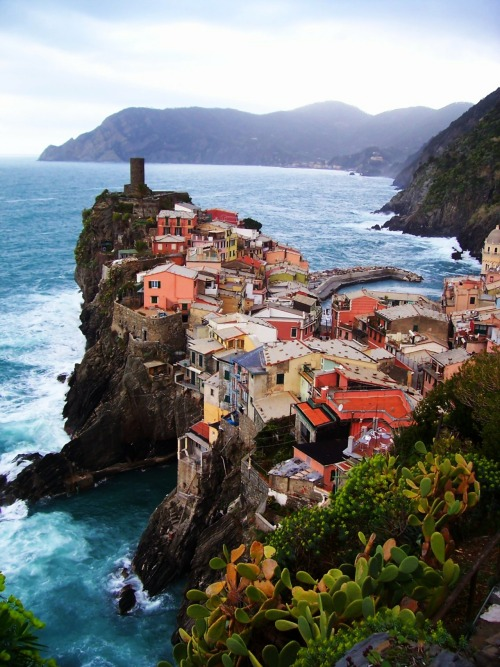 A little gem on the Ligurian coast, Vernazza, Italy.
