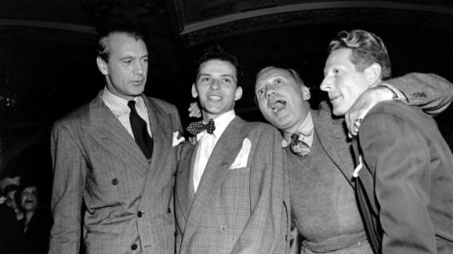 nationaljournal:  Did you know that Frank Sinatra once co-hosted the White House Correspondents Dinner?  See past WHCD hosts.