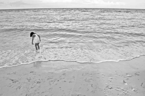 Little Girl and the Sea Boracay, 2012