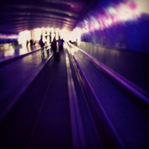 DTW, you're tripping me out. (Taken with Instagram at Detroit Metropolitan Wayne County Airport (DTW))