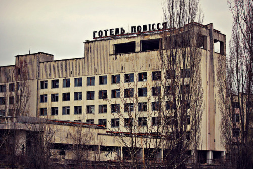 yumikotakemiya:  Return to Pripyat & Chernobyl - April 2012 by 8333696 on Flickr. Pripyat: Pueblo fantasma de 26 años