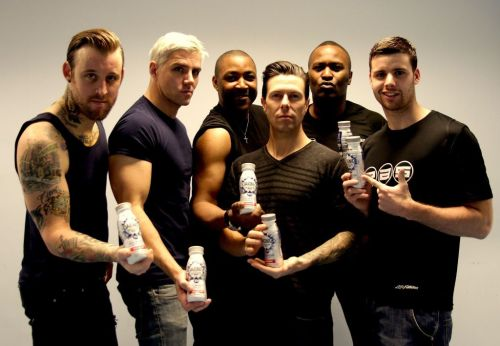 @Chris_Eds00: Photoshoot for @ProAthleteSupps with Lostprophets