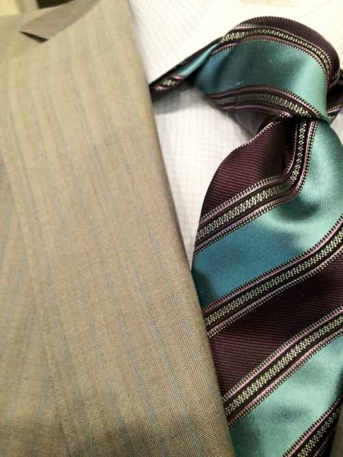 Close-up of a stunning suit and tie combination from Ermenegildo #Zegna!