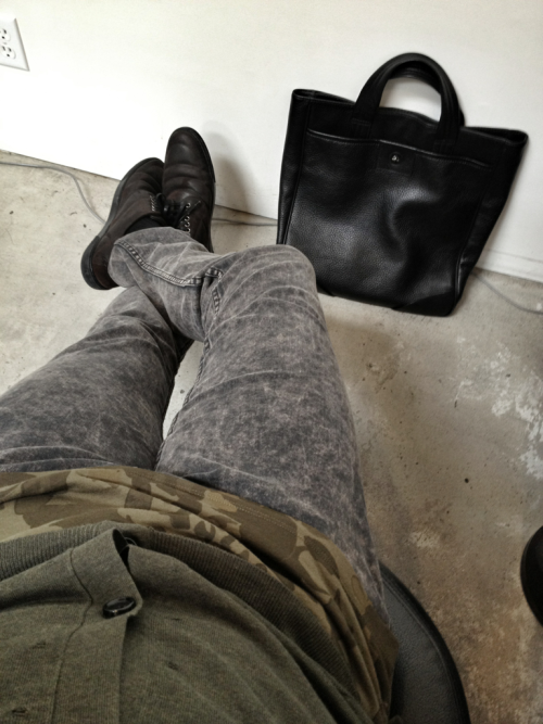 Today's outfit: All Marc Jacobs Cardigan Camo tank Stick fit jeans Leather pebbled tote except the shoes (by Dolce and Gabbana)