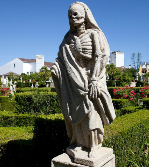 diagnosednostalgia:  Death, statue in the Episcopal Palace Garden / Garden of St. John the Baptist, Portugal Commissioned by Bishop John de Mendonca, 18th Century  This is cool.
