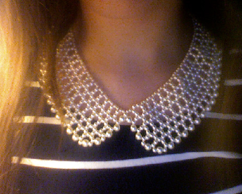 stuck-inthe-suburbs:  new favorite accessory.  topshop collar necklace.