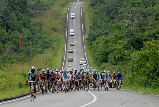 fuckyeahcycling:  Cyclists take part in the Amissa Bongo race in Gabon, on April 26, 2012. AFP PHOTO / XAVIER BOURGOISXAVIER BOURGOIS/AFP/GettyImages (via Cycling - Photo Gallery - Yahoo! Sports)