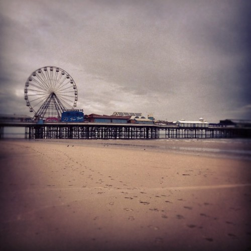 Pier (Taken with instagram)