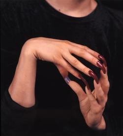 cavetocanvas:  Janine Antoni, Ingrown, 1998