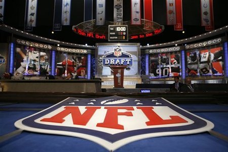 "I am watching NFL Draft                   ""So, it seems that the NFL knows that the draft starts with the #3 pick.  They don't even wait to announce RG3 to DC before saying the Cleveland pick is in. #freallifefantasydraft""                                            1725 others are also watching                       NFL Draft on GetGlue.com"