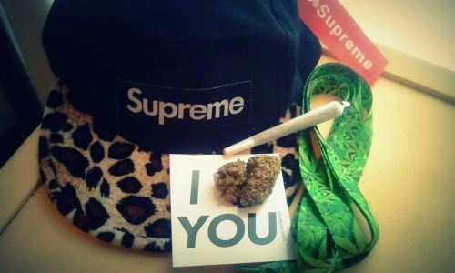 WE BUD Supreme Clothing!