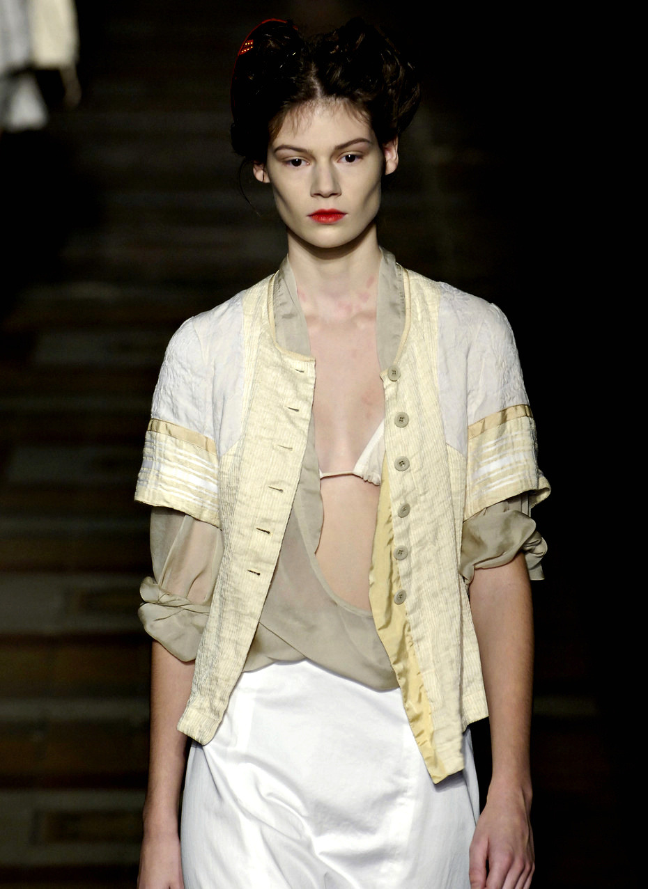 Heather Bratton at Dries Van Noten Spring 2006