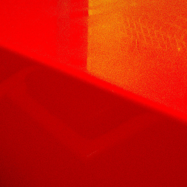 study in red #2 on Flickr.photographer: robert in Toronto copyright: Robert Wallace Please do not repost without including credits and/or links.