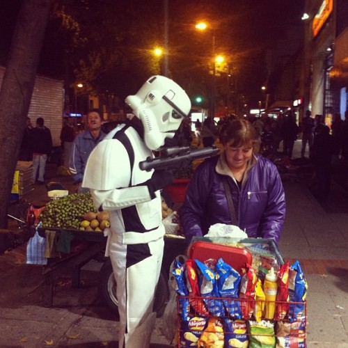 The only violence stricking Bogotá. #StarWars #funny #fake #violence #gun #robbery #Bogotá #Colombia #storm_trooper #costume #night  (Taken with instagram)