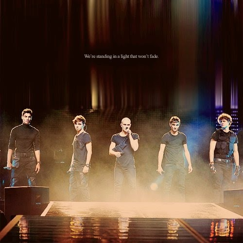 The Wanted performing!