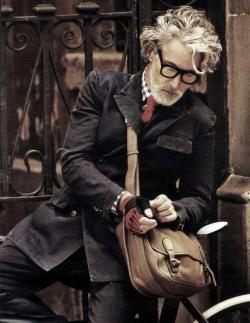 todaystie:  Aiden Shaw