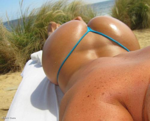 Coco Austin's amazing sunkissed ass