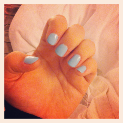Bubblegum blue - glad I finally grew out my nails! Xo