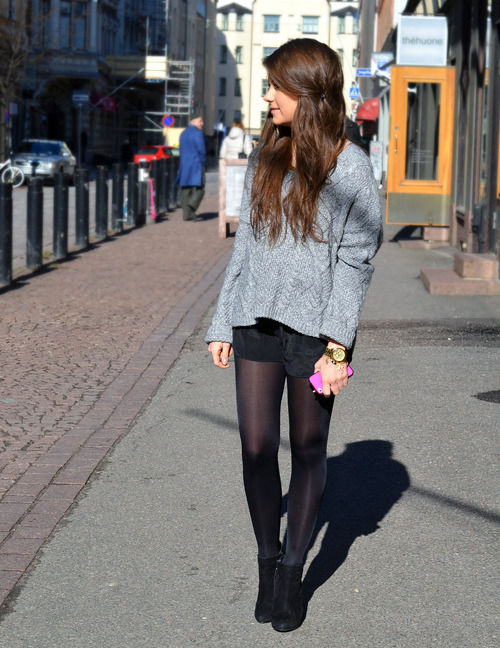 BeLighter Street Style: Silk Shorts Wearing: Sweater: Kappahl; Shorts: Topshop; Top: H&M; Watch: Michael Kors