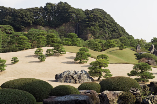 strahlungen:  Alex Ramsay - Garden, Adachi Museum of Art, Japan