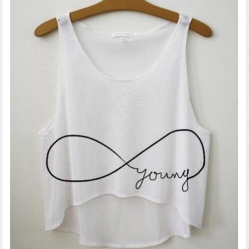 #foreveryoung #tshirt #fashion #vintage #style #crop #weheartit  (Taken with instagram)