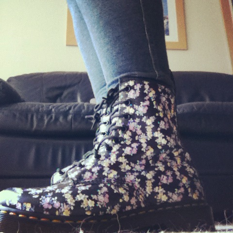 push-me-under:  floral doc martens:)