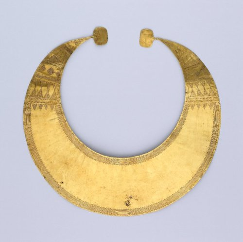 Gold lunula, 2400 BC-2000 BC, Found in Ireland, Late Neolithic/Early Bronze Age The British Museum
