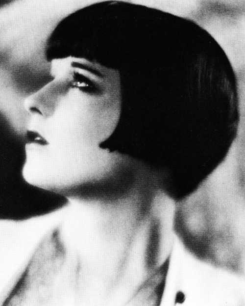 Louise Brooks photographed  by Eugene Robert Richee, 1927