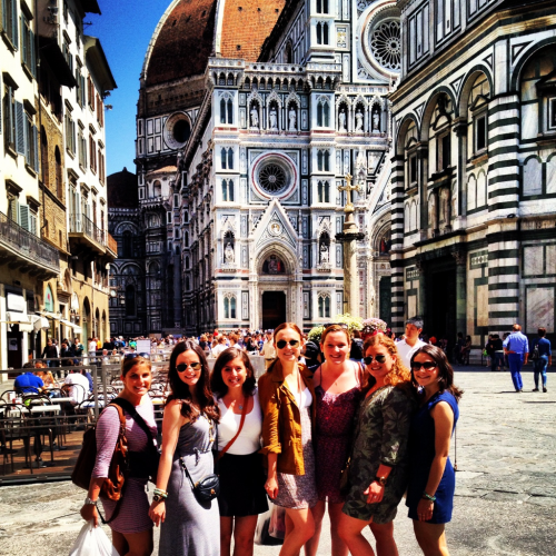 First and last picture in front of the duomo with my fav. Ladies!