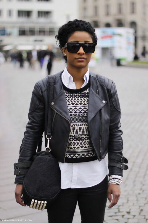 This is dope!! via the-streetstyle:  Maria Lashari