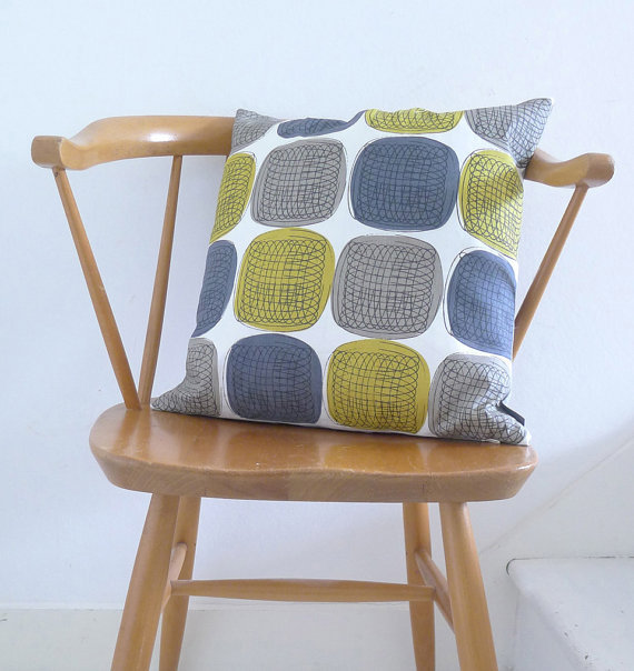 (via Twister cushion in yellow grey and blue on white by roddyandginger)