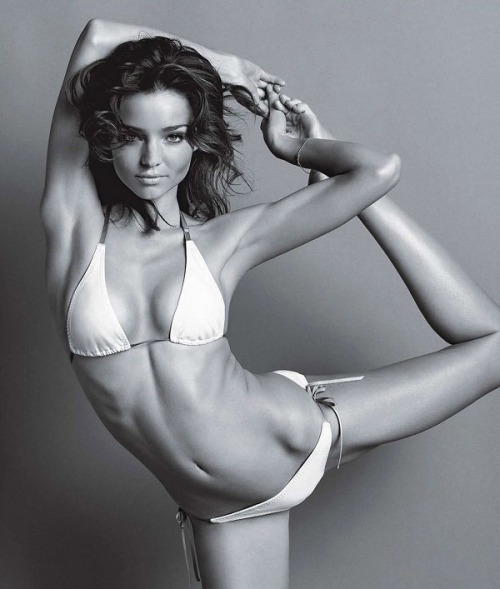 Q & A with Miranda Kerr: Yoga, Organics & Wellness