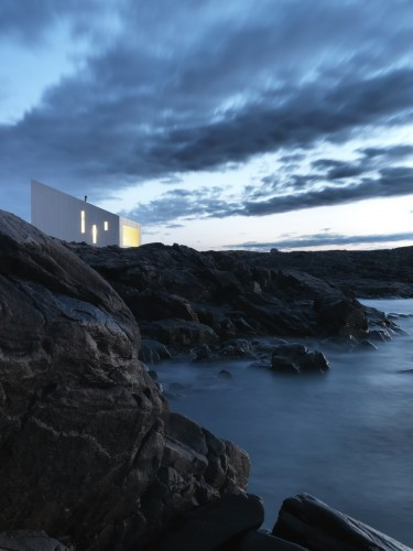 Note to self: Make it to Fogo Island. (via Squish Studio / Saunders Architecture | ArchDaily)